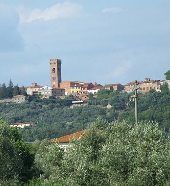 Hiking Lucca Tuscany a